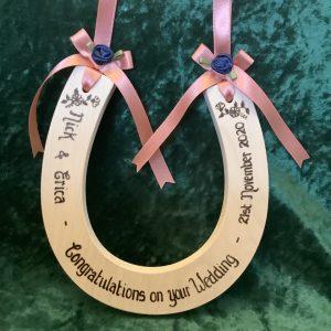 standard wedding horseshoe